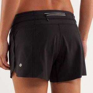 ❤️🌈🍀Lululemon Groovy run shorts